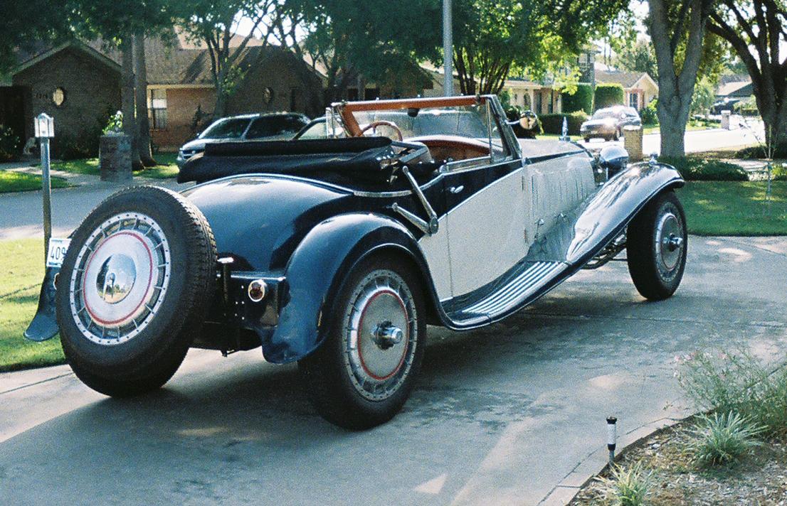 the bugatti revue, 13-4, a royale replica
