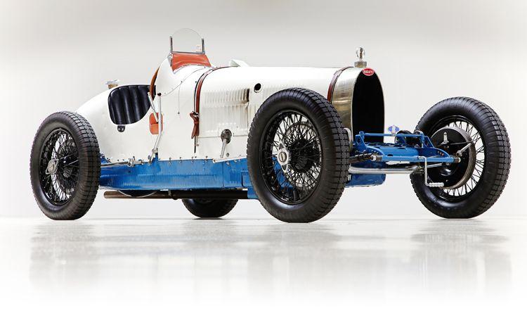the bugatti revue 17 1 jay leno 39 s 1928 bugatti type 37a. Black Bedroom Furniture Sets. Home Design Ideas