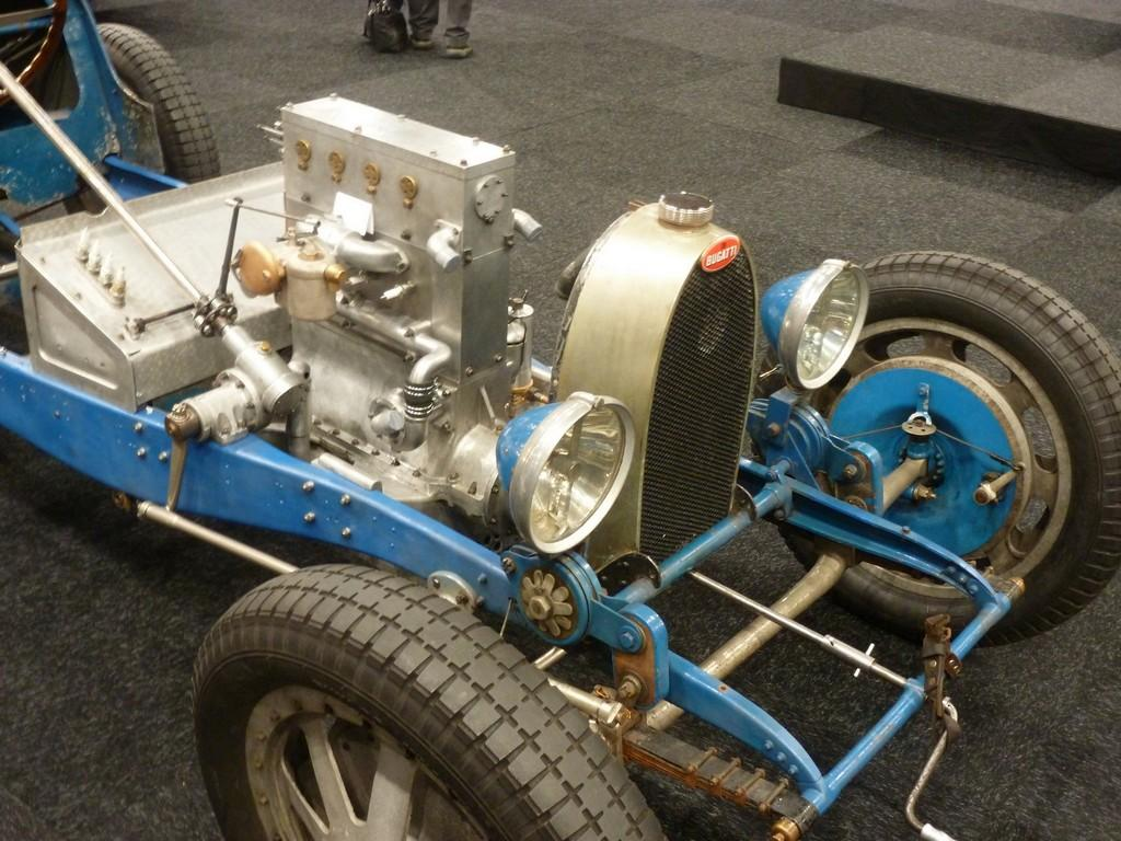 Bugattis For Sale >> the Bugatti revue, 18-1, Bugattis at MECC 2013