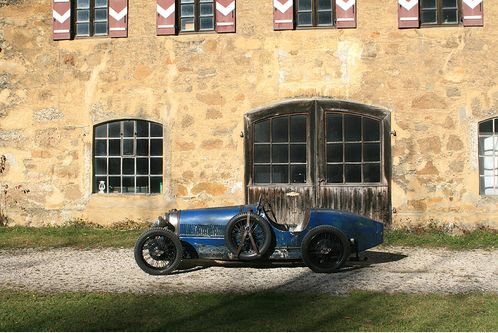 The Bugatti Revue The Old One A Bugatti As A Driving School Car